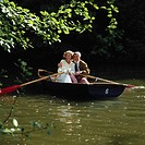 10194307, person, middle age, old person, nature, pair, couple, park, romantical, rowing boat, lake, sea, falls in love,