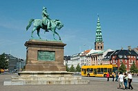 Equestrian statue of King Frederik VII 1808-1863 in Christiansborg Slotsplads, Copenhagen, Denmark