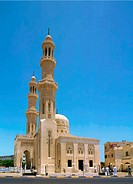 Prayers going to ABD EL Moniem Reyad Mosque in Hurgada, Egypt