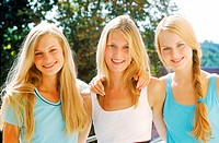 Portrait of three young women (thumbnail)