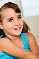 Close-up of a girl smiling (thumbnail)