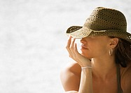 Young woman wearing sun hat (thumbnail)
