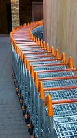 Europe, UK, England, supermarket trolley row