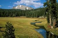 Mount-Lassen-Volcanic-Forest-NP,-CA