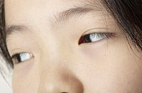 Close-up picture of a girl´s eyes.