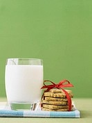 Milk and cookies for Santa Claus (thumbnail)