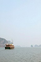 Vietnam, Halong Bay, junk ship at sea