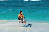 Mexico, Yucatan Peninsula, Quintana Roo, Tulum, man kiteboarding