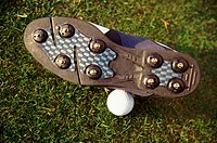 golf shoe and -ball