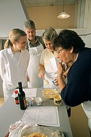 OBESITY DIETETIC<BR>Photo essay.<BR>Cooking class for overweight and diabetic people.
