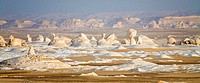 Egypt, White Desert near Farafra Oasis, rock formations