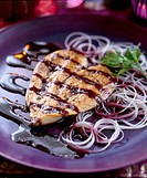 Chicken breast with chilli-berry sauce - with recipe