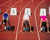 10069330, sport, running, start, 100 ms of run, man, gentleman, starting blocks, runner´s group, from front, black, athletics