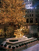 Ice rink, Christmas, Rockefeller center, Manhattan, New York, USA.