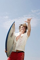 Teenager, shirt, shorts, surfboard,  Gesture, from below,   Series, teenagers, 15-18 years, boy, blond, long-haired, clothing, leisurewear, leisure ti...