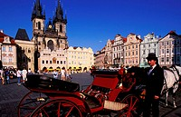 Czech Republic, Prague, old city square (Staromestke Namnesti) and its Baroque houses