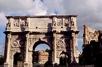 Arch of Constantine and Colosseum in background, Rome. Lazio, Italy