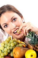 woman eating fruits