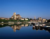 Auxerre, River Yonne, river, Yonne, Burgundy, France, Europe, EU, European, travel, holiday, vacation, French, city, S