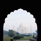 Mausoleum viewed through an arch, Taj Mahal, Agra, Uttar Pradesh, India