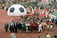 SG Sport hist , Fußball, Weltmeisterschaft, WM 1974, WM Endrunde, Eröffnungsfeier, Waldstadion, Frankfurt, Deutschland, 13 6 1974 Eröffnung, Aufführun...