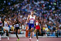 Watts, Quincy D , * 19 6 1970, American athlete athletics, full length, Olympic Games, Barcelona, 1992, sprinter, gold medal winner, 400 meter run, sp...
