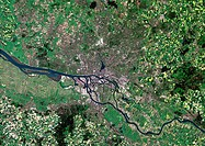Hamburg, satellite image  North is at top  Urbanised areas are pink and grey, vegetation and agricultural fields are shades of green, pale areas are b...