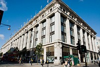 UK, London. Oxford Street. Selfridges Department Store