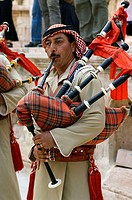Jordan, Gerasa, musicians, no models city, old part of town, culture, people, release, Near east, Jordanier, man, clothing, traditionally, music-instr...