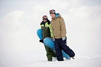Mate, young, winter-clothing, Snowboards, snow, carries goes,