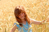 Girls, smiles, grain-field, portrait, series, people, leisure time, vacation, summer-vacation, summers, outside, teenager-girls, teenagers, necklace, ...