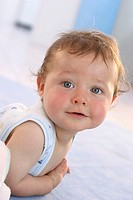 Baby, blond, stomach-situation, smiles, portrait, series, people, 5 months, child, infant, gaze camera, cheerfully, childhood, freely, innocently, nat...