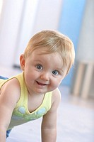 Baby, floor, tickles, cheerfully, portrait series people, 9 months, child, blond, gaze camera, joy, movement, wakened childhood, innocently, naturalne...