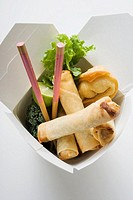 Deep-fried wontons and spring rolls to take away (thumbnail)