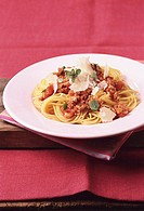 Spaghetti con ragù die vitello spaghetti with veal sauce