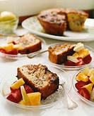 Banana and nut cake with fresh fruit