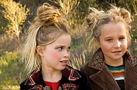 Portrait of young girls outdoors (thumbnail)