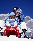 winter, Famile, parents, child, fun, joke, joy, sledge, sleigh, plastic sledge, sled, sledging, winter sports, mountai