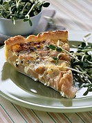 pear and gorgonzola tart