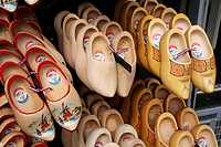 Souvenirs: Dutch wood shoes/clogs, Damrak, Amsterdam, Holland, Netherlands