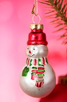Snowman shaped Christmas tree ball