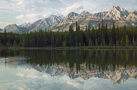 Spillway Lake, The Opal Range, Peter Lougheed Prov Park, Kananaskis Country, Alberta, Canada