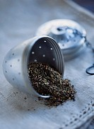 Loose tea and open tea ball