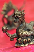 Dragon statue, close-up