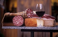 Brunello di Montalcino with pecorino & sausage specialities Not available in CH