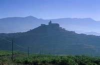 View towards San Vincente de la Sonierra, Rioja Alta, Spain