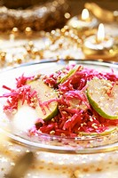 Red cabbage salad with apple and nuts