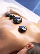 Hot stone massage (thumbnail)