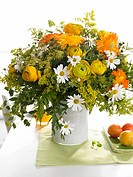 Bouquet of marguerites, buttercups and marigold