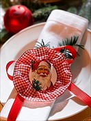 Napkin decorated with a Santa Claus wafer